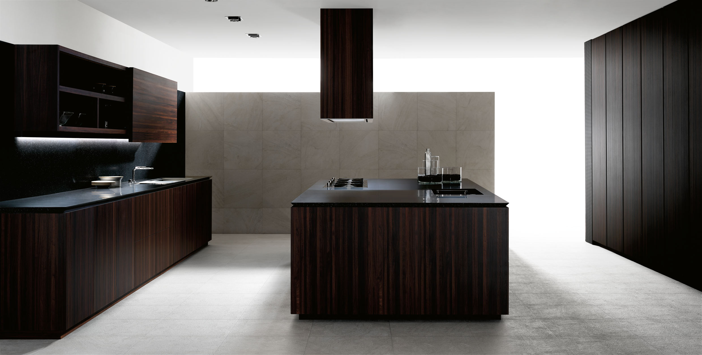 Cocina sin tiradores en madera de ébano, de Gunni&Trentino. - www ...