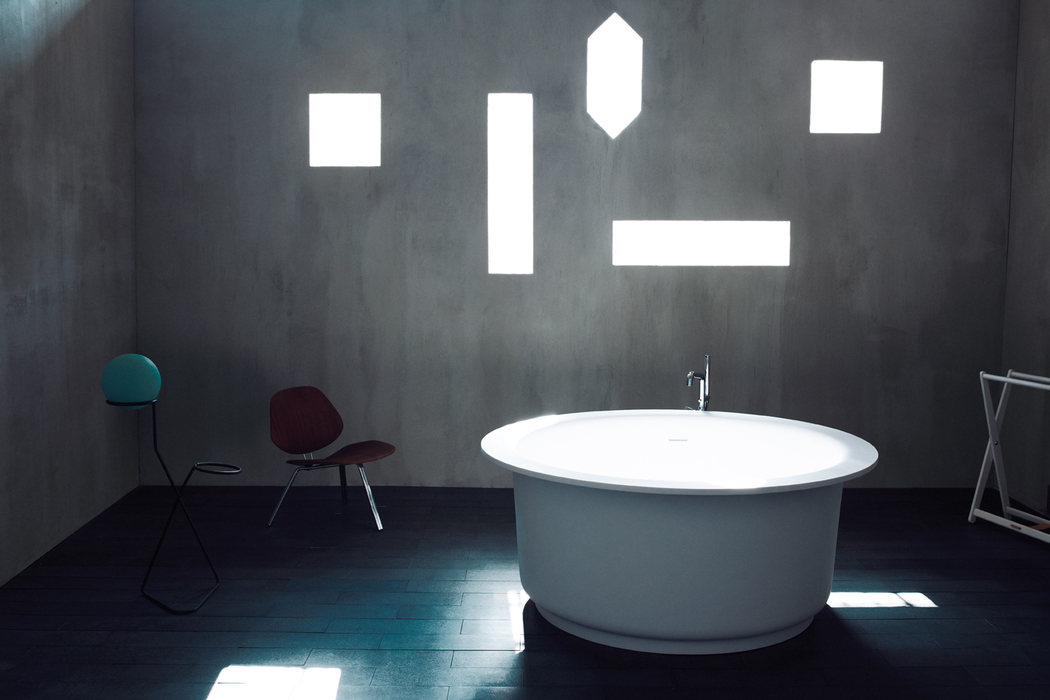 Colección Drop de Ágape  Bañera redonda In Out de Agape  Colecciones de baño  marca Agape  Colecciones de baño Agape  Lavabos modernos de la marca  italiana ... 95a0d5053005