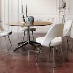 Mesa redonda diseñada por Florence Knoll