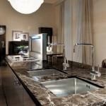 Cocinas Fendi Casa Cucine con isla de mármol Marrón Imperial