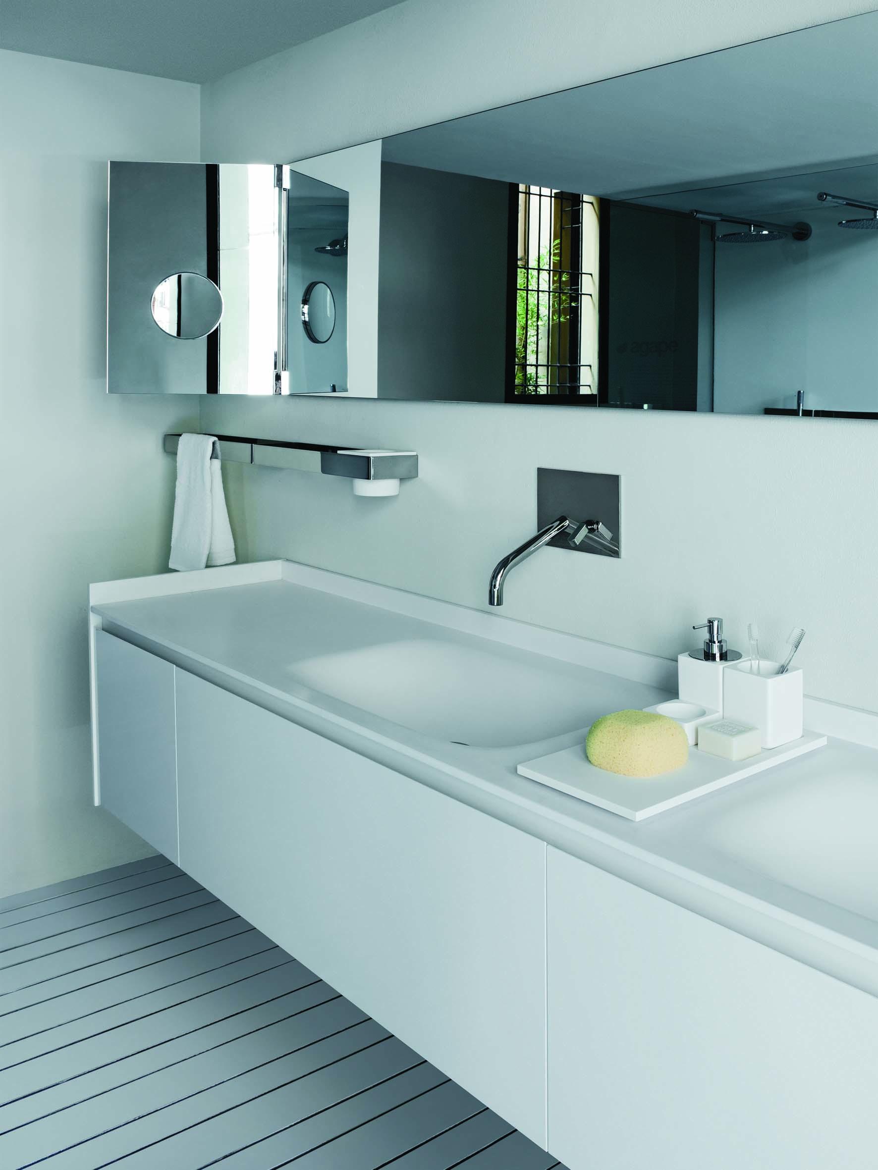 Cabinas De Ducha Kos: muebles bajo lavabo de la serie Evo de Benedini Associati, Agape