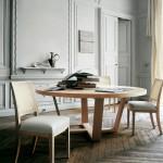 Mesa y sillas de comedor de madera de Maxalto