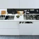 Modelo Alea de cocina moderna en laca blanca mate