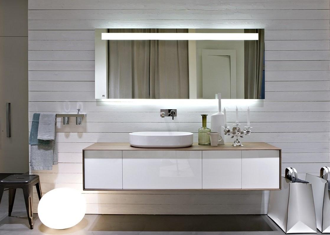 Ba os modernos y de dise o estilos innovadores en gunni for Mueble auxiliar bano bajo lavabo