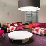 Sofás tapizados en colores vivos de Kenzo Maison