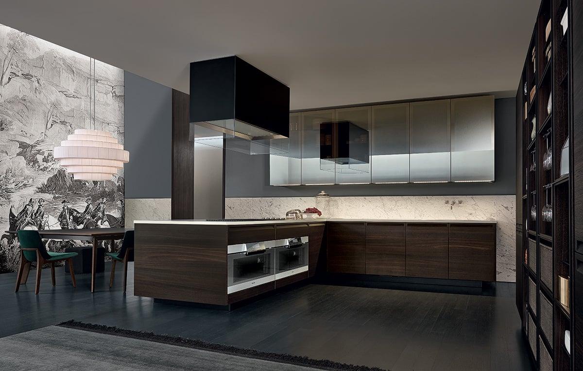 cocinas modernas de lujo con acabados en maderas oscuras