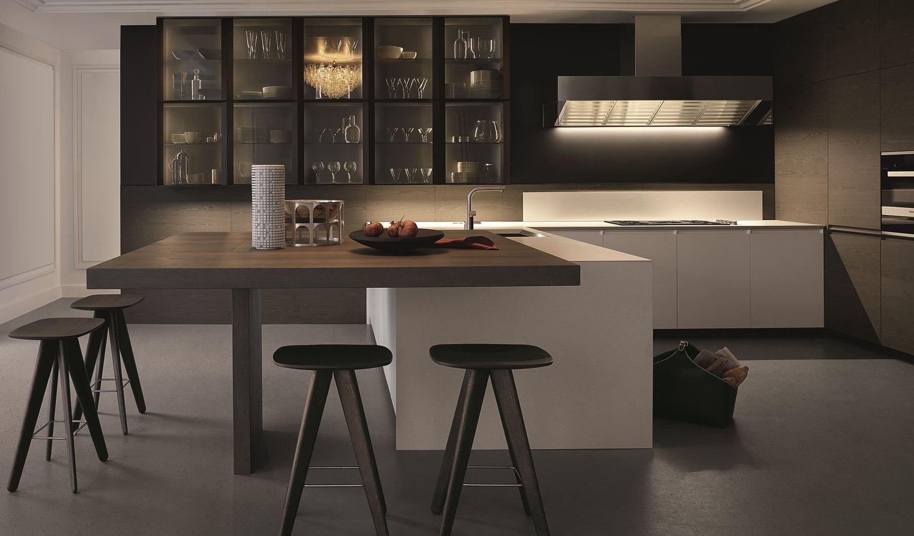 cocina moderna con isla en ángulo
