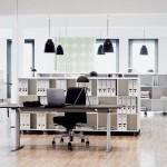 Ambiente de oficina con lámparas Caravaggio y Radon de Lightyears