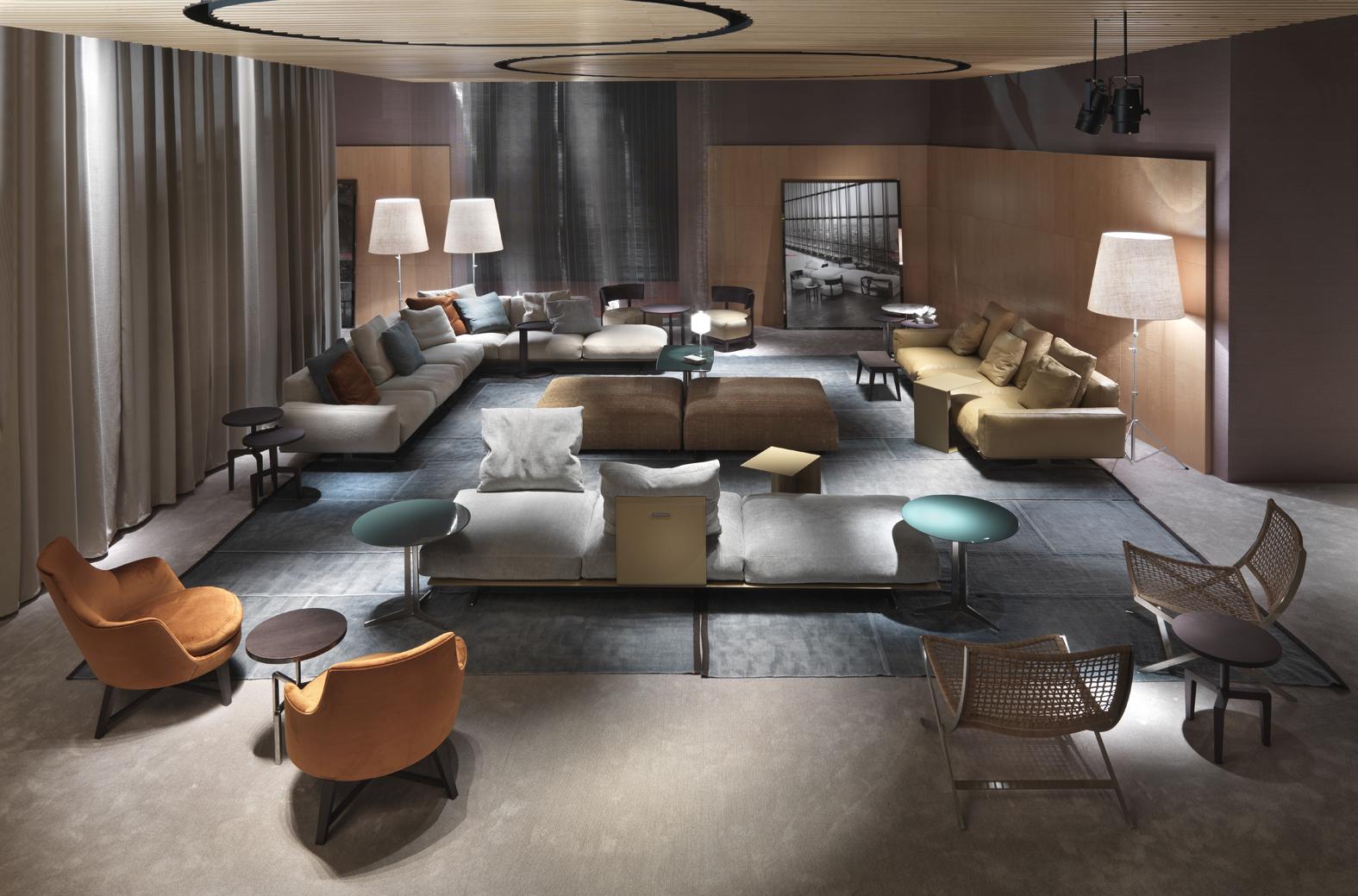 Ambiente de salón con mobiliario de Flexform