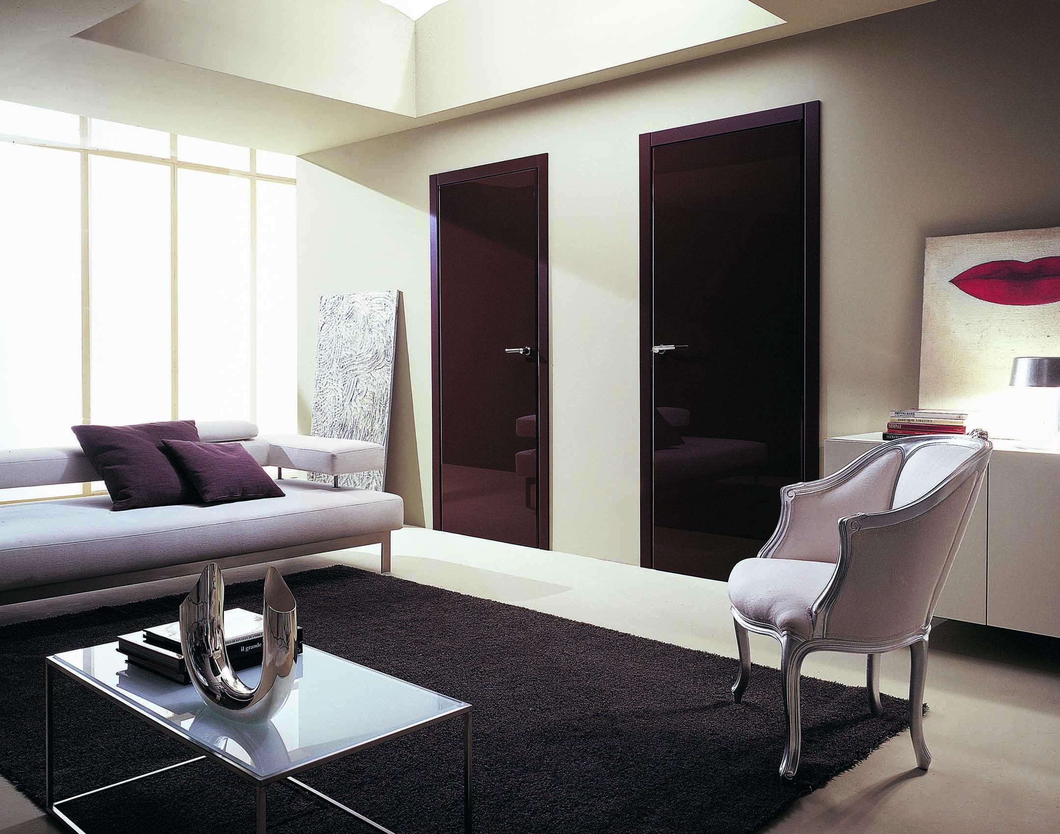 Marcas de puertas y armarios gunni trentino for Puertas batientes interior