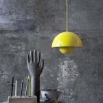 Lámpara de suspensión amarilla de la colección Flowerpot