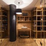 Madera maciza para muebles y revestimientos de bodegas.