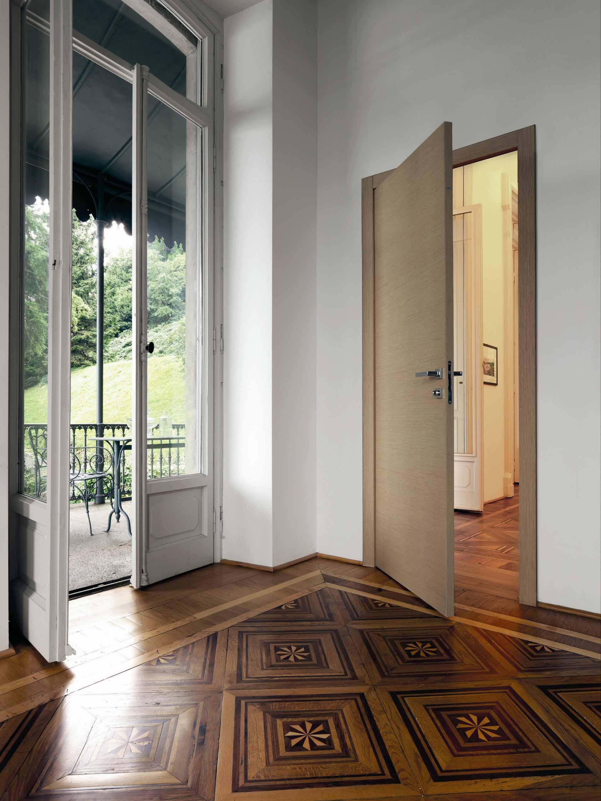 Marcas de puertas y armarios gunni trentino for Puertas italianas interior