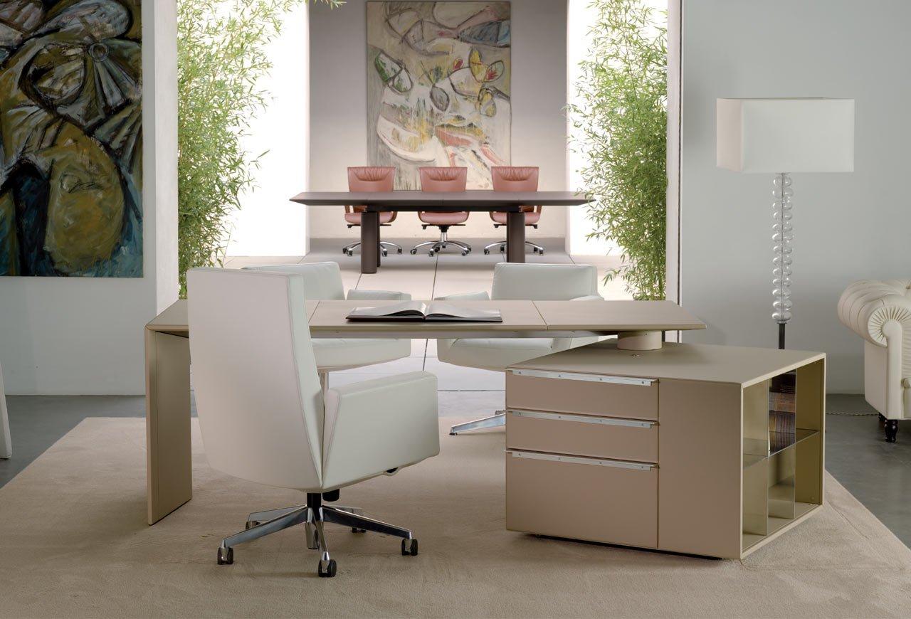 Ilary poltrona frau gunni trentino for Muebles de oficina marcas