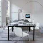 Sala de reuniones con muebles de oficina de B&B Italia Project