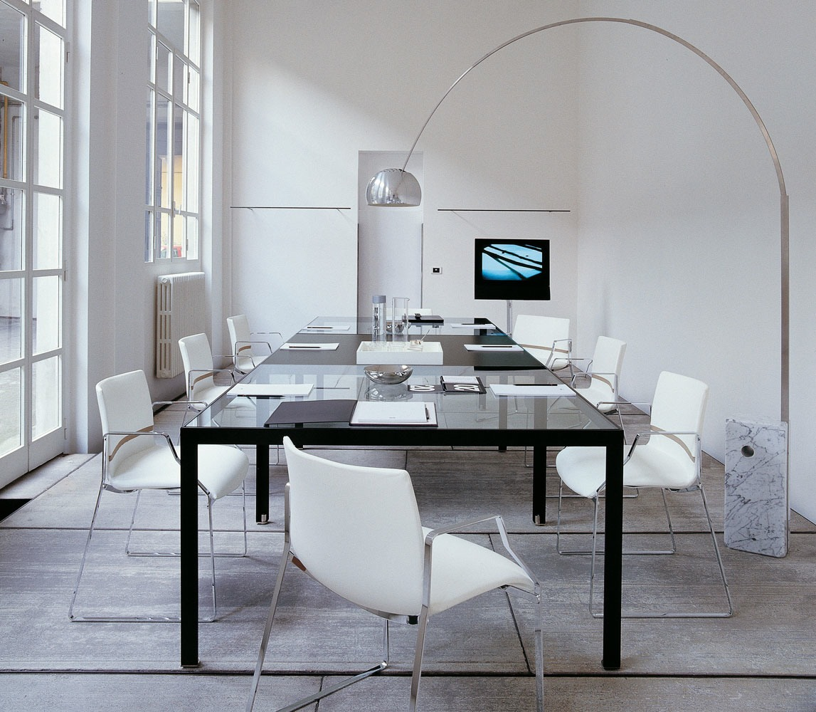 Productos b b italia de dise o gunni trentino for Muebles de oficina knol