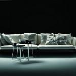 Sofá de cuatro plazas diseño de Antonio Citterio para Flexform
