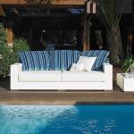 Sofá de exterior clásico modelo Apta de Fendi Outdoor