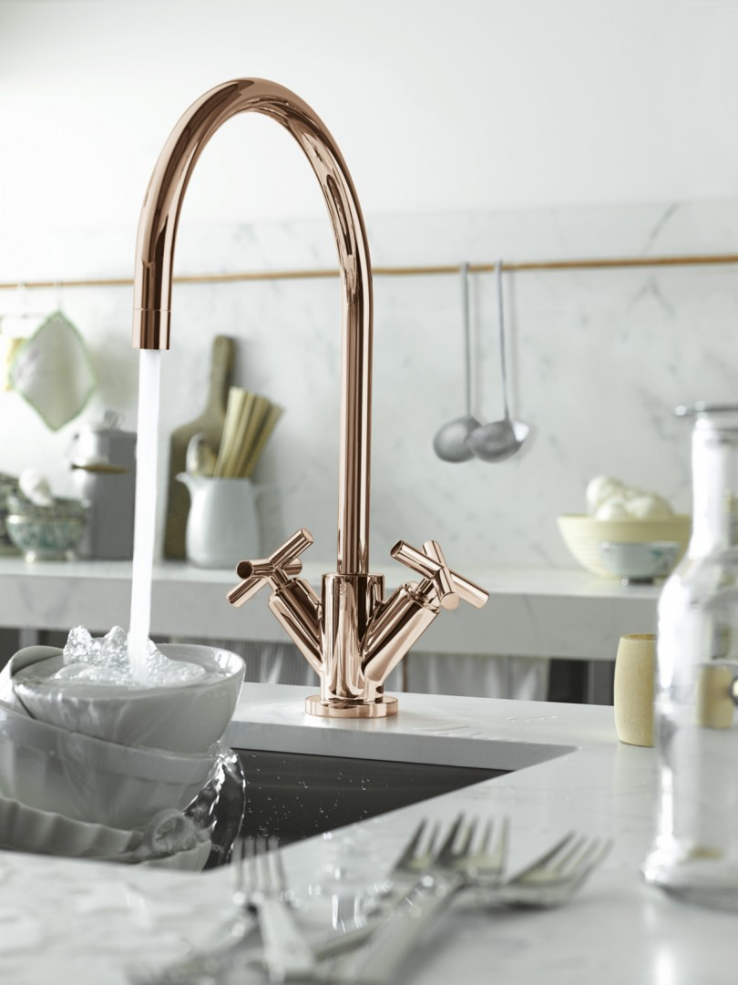 Rose-Gold-Water-Tap-Faucet-by-Dornbracht-Cyprum-Collection-1