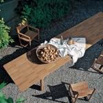 Colección de muebles de exterior en madera maciza, Brick, de Roda