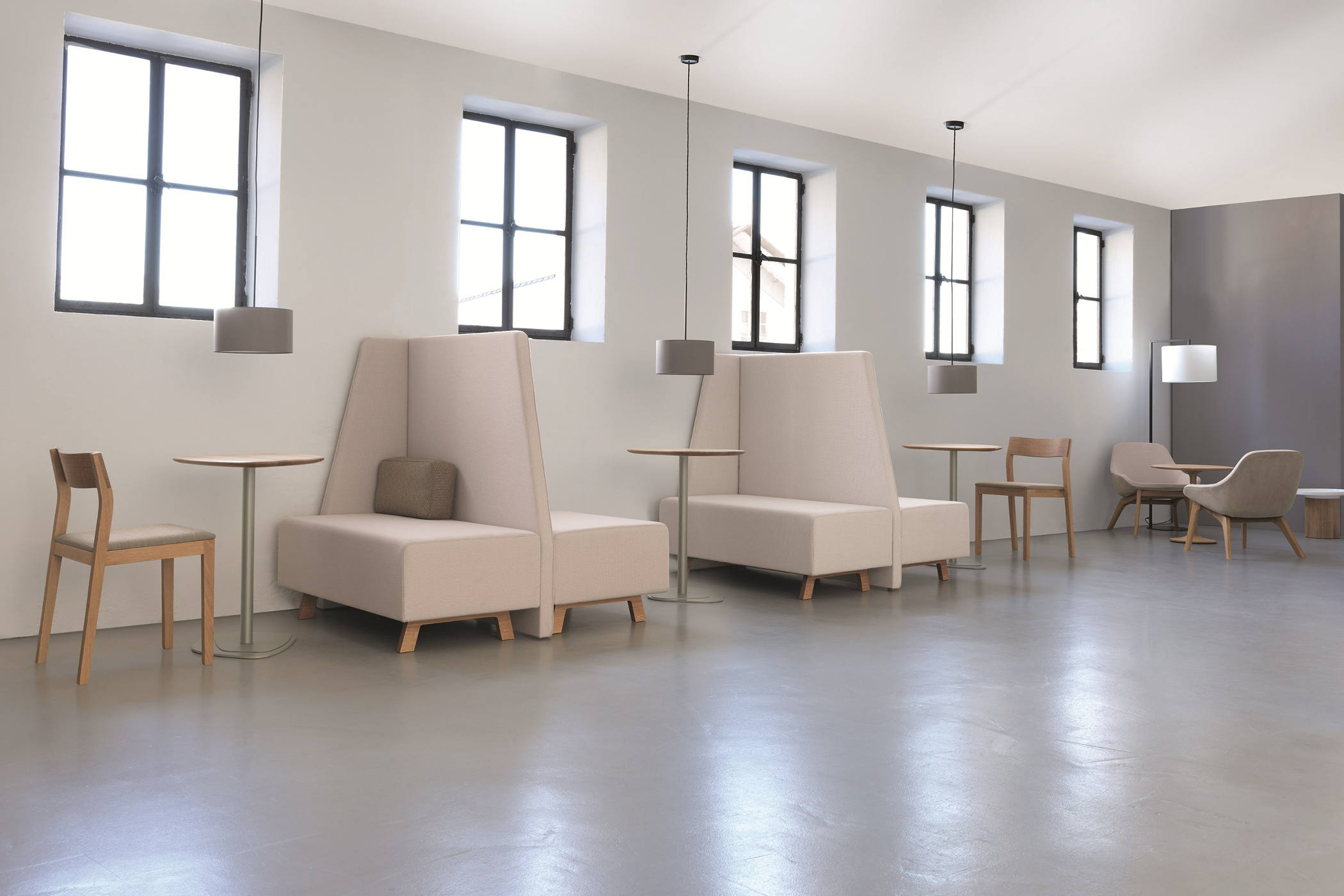 Zeitraum gunni trentino for Marcas de muebles para oficina