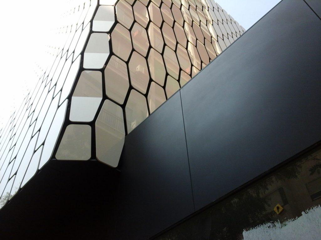 fachada-GUNNI-TRENTINO-FLAGSHIP-STORE-2