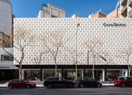 GUNNI&TRENTINO Flagship Store: 3.000 m2 de diseño interior