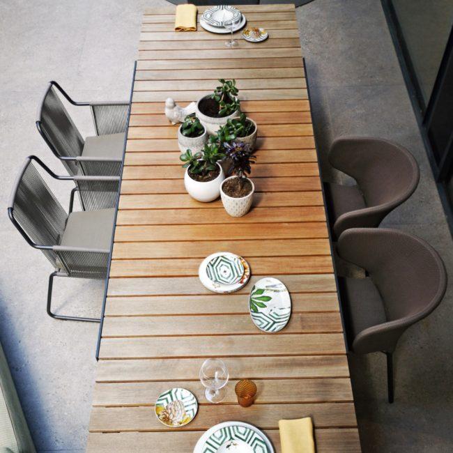 mesas y sillas de exterior de diseño
