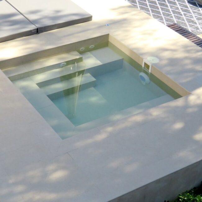 Las minipools como solución perfecta para jardines o terrazas pequeñas